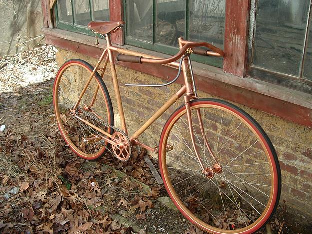 Costruire e verniciare una bicicletta in legno rio verde - Verniciare una porta in legno ...