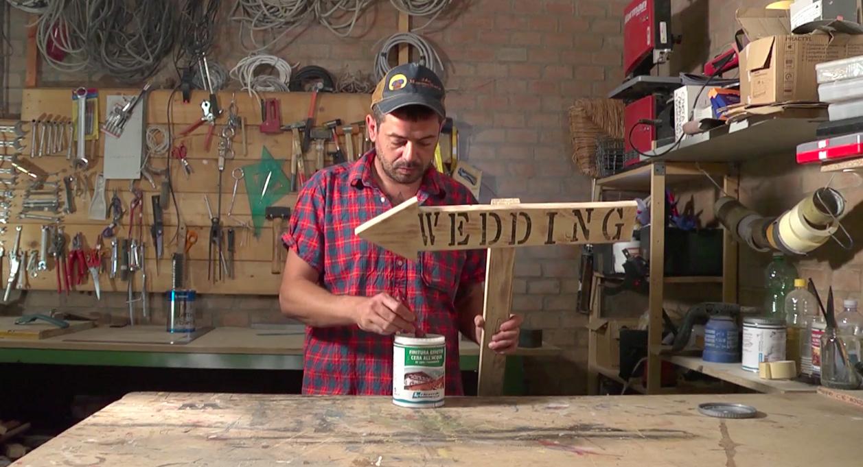 Insegne Negozi In Legno : Insegna in legno con vernici all acqua rio verde