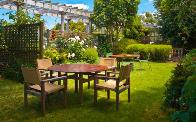 Reguitti Tavoli Da Giardino.Come Verniciare Mobili Da Giardino