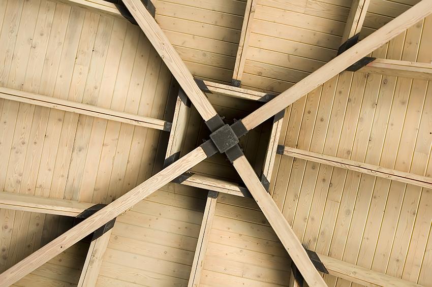 Verniciare le travi in legno con l 39 impregnante gel for Verniciare legno