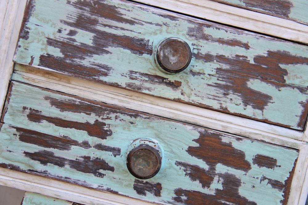Shabby chic la vernice per legno decisiva - Tecnica shabby per mobili ...