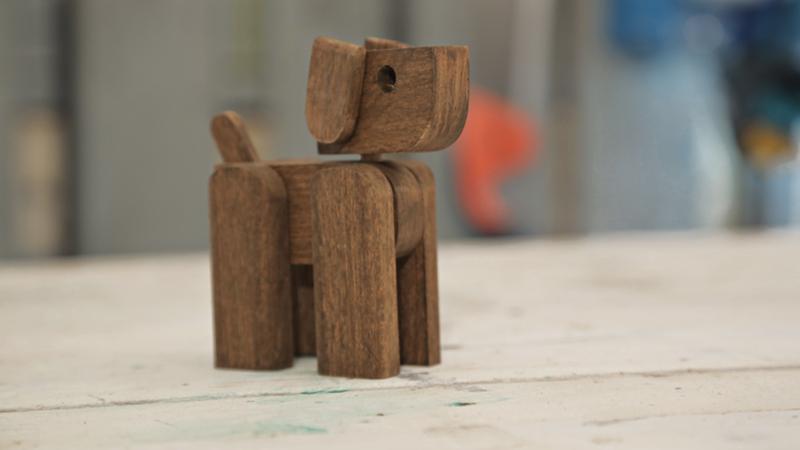Cagnolino in legno 3