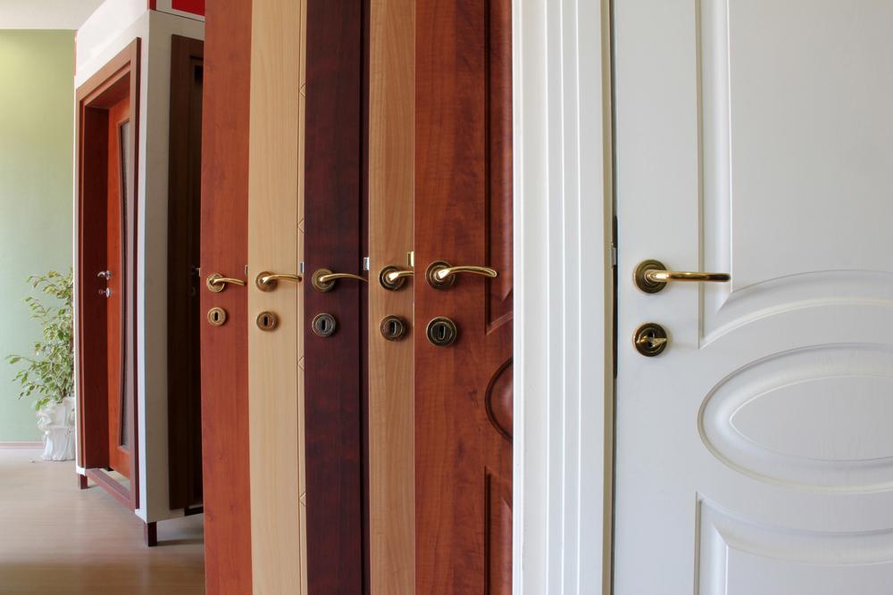 Come verniciare le porte in legno da esterno e interno rio verde - Come verniciare porte interne ...