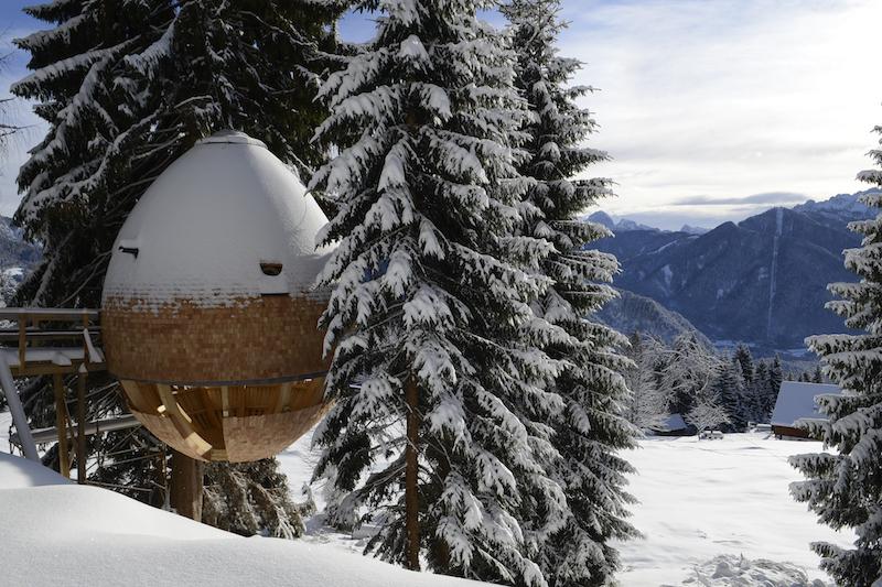 case in legno sulle Alpi