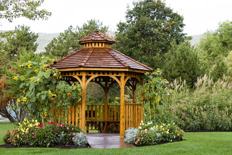 Restaurare un gazebo in legno dopo l inverno rio verde - Restaurare un mobile in legno ...
