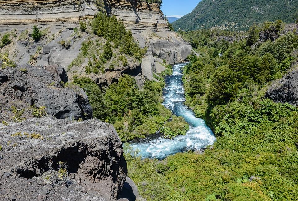 Uno dei fiumi difesi da Alberto Curamil