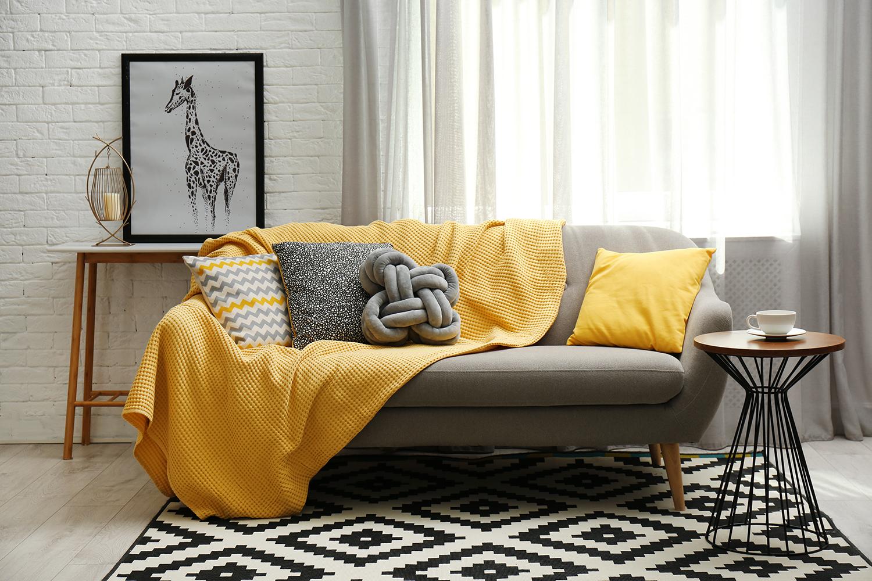 Tendenze colore 2021: giallo e grigio