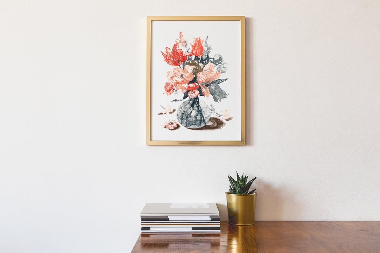 Immagini romantiche per San Valentino: composizione di fiori in cornice